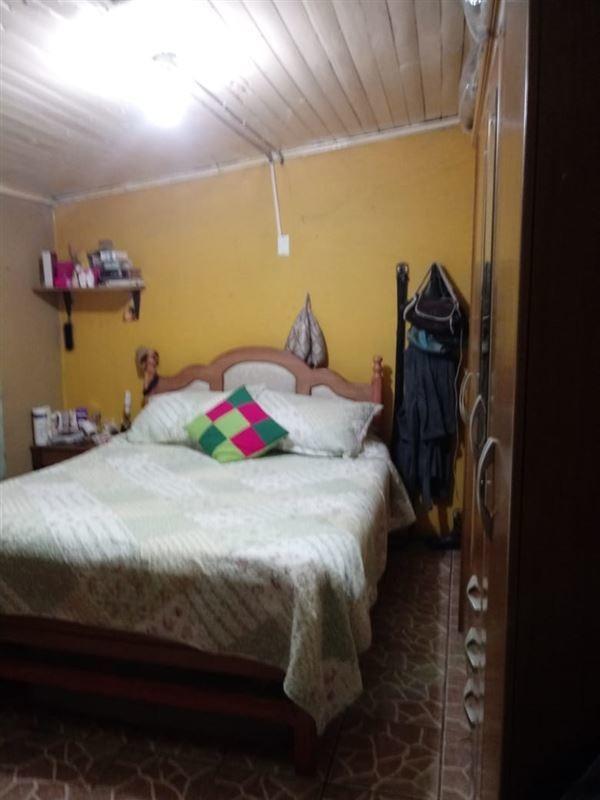 casa en venta de 5 dormitorios en el bosque