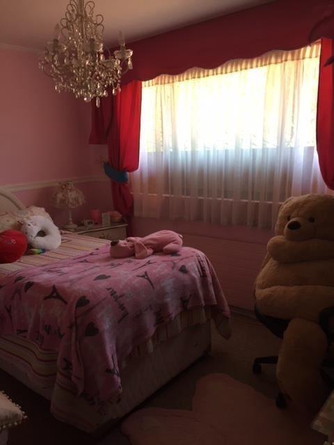 casa en venta de 5 dormitorios en la reina