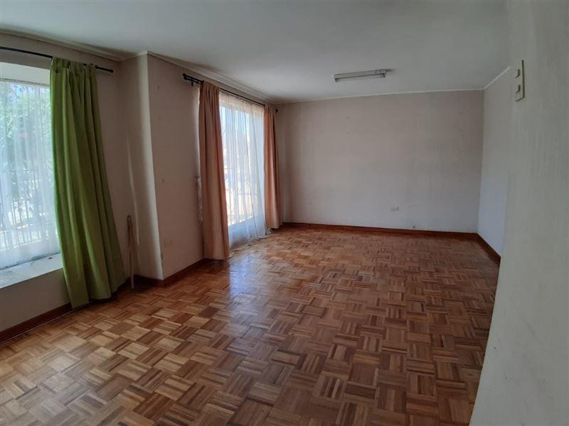 casa en venta de 5 dormitorios en la serena