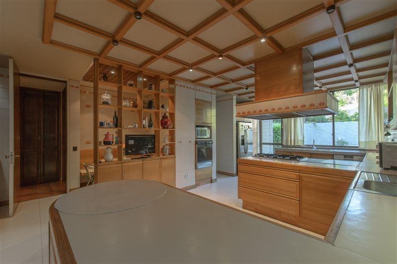 casa en venta de 5 dormitorios en las condes