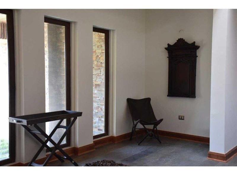 casa en venta de 5 dormitorios en san pedro de la paz