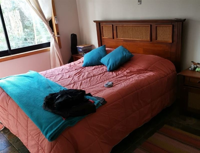 casa en venta de 5 dormitorios en villarrica