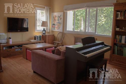 casa en venta de 6 ambientes en  acassuso san isidro