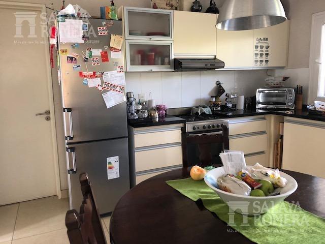 casa en venta de 6 ambientes ubicado en la damasia