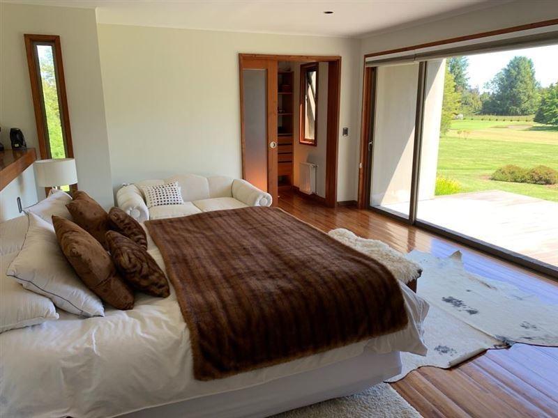 casa en venta de 6 dorm. en pucón