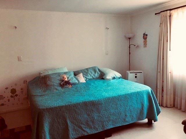 casa en venta de 6 dormitorios en la reina