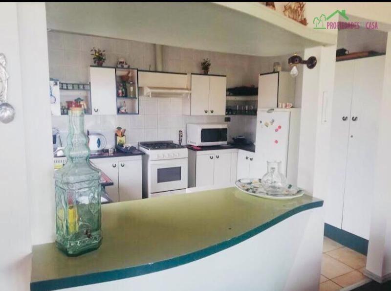 casa en venta de 8 dormitorios en algarrobo