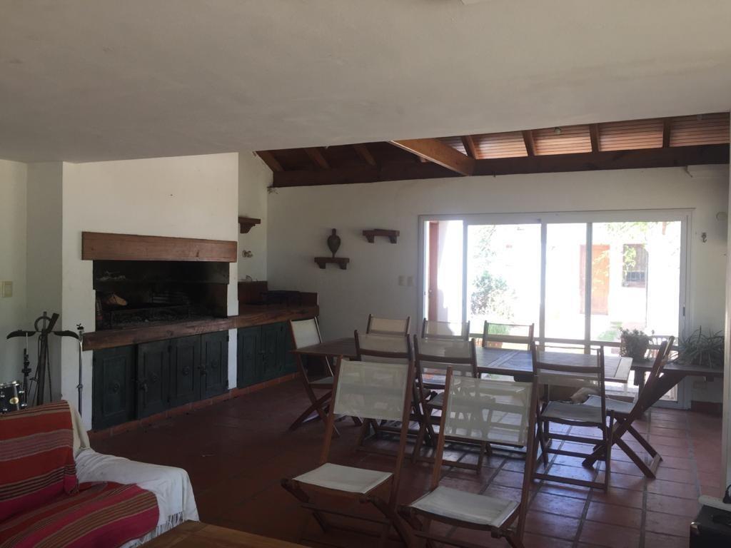 casa en venta de  barrio villa belgrano