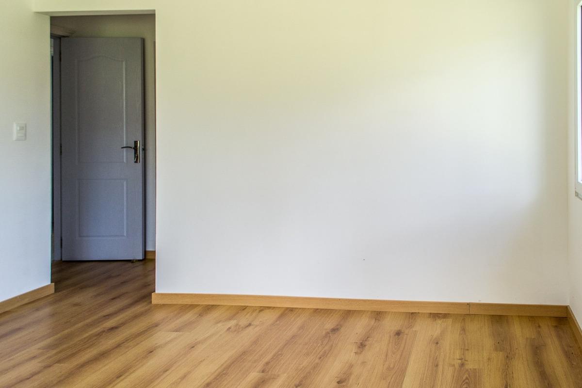casa en venta de de 3 dormitorios en jardines de cordoba