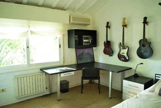 casa en venta de de 4 dormitorios en jardines de cordoba