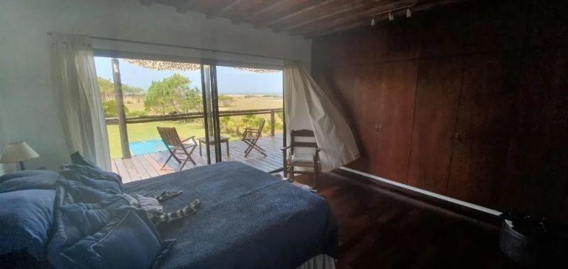 casa en venta de de 5 dormitorios en jose ignacio