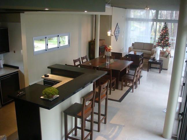 casa en venta de de 5 dormitorios en montoya