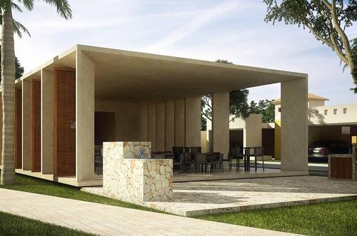 casa en venta de un piso + 3 habitaciones + piscina en conkal, mérida