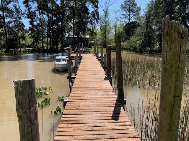 casa en venta delta tigre- arroyo caraguata- caraguata 690