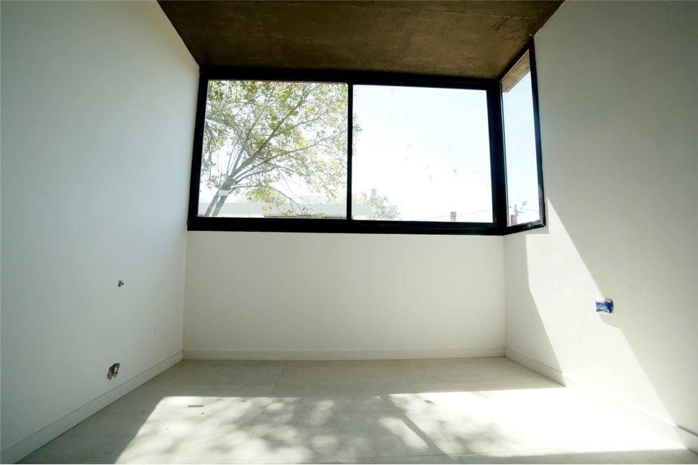 casa en venta dos dormitorios en villa elisa