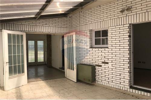 casa en venta dos dormitorios/cochera