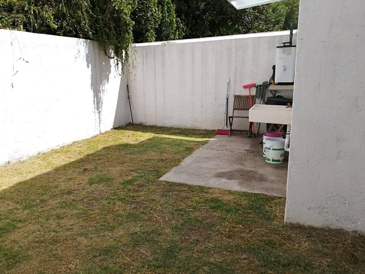 casa en venta, dos plantas, en el pueblito