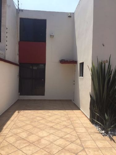 casa en venta echegaray, excelente ubicación a 2 calles de gustavo baz
