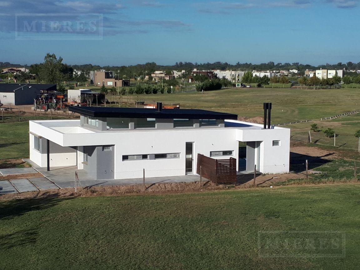 casa  en venta el cantón barrio golf