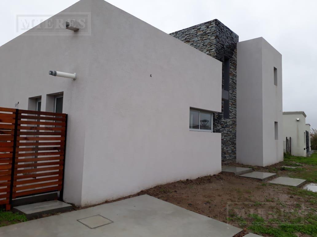 casa en venta el canton barrio puerto
