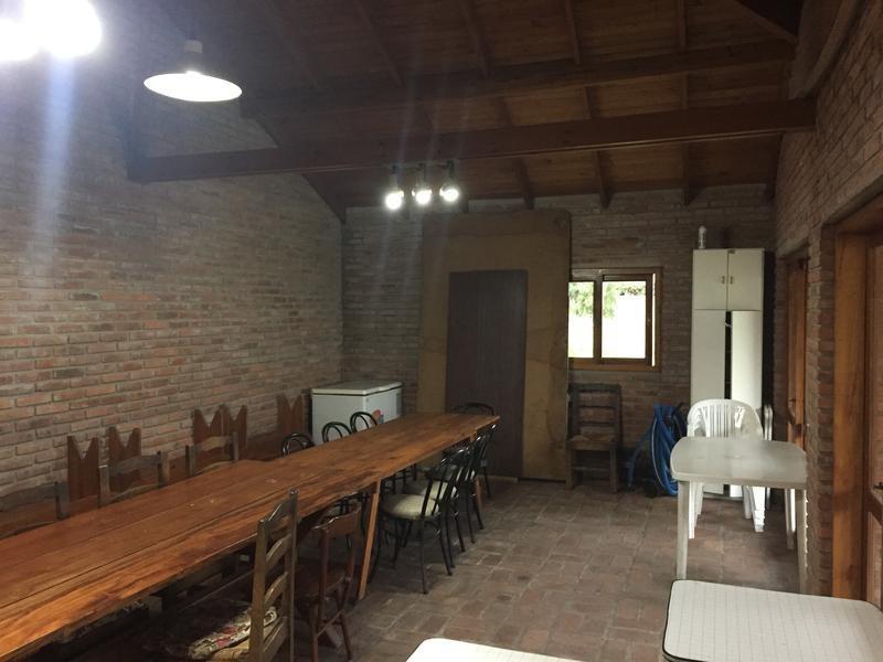 casa en venta en 10 e/ 503 y 504 manuel b gonnet - alberto dacal propiedades