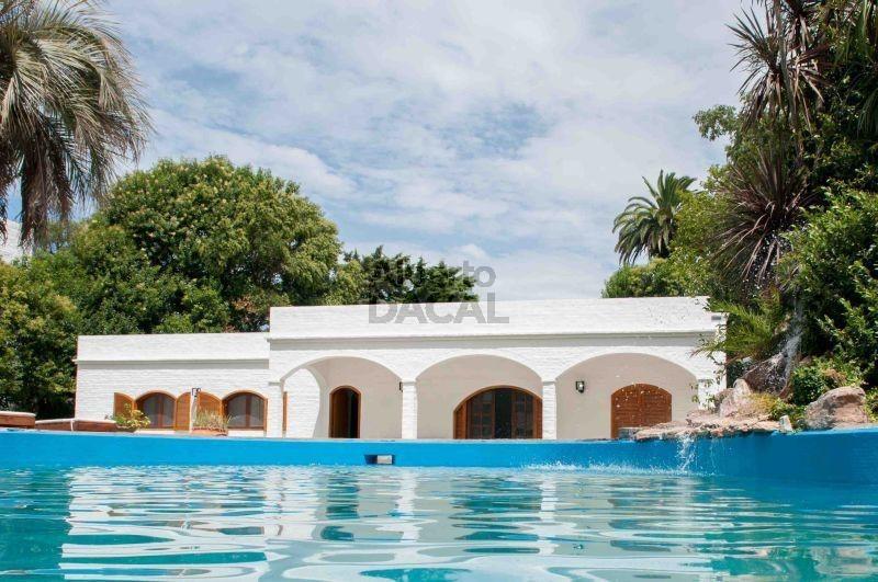 casa en venta en 13 (ex19)/420 y 421 villa elisa - alberto dacal propiedades