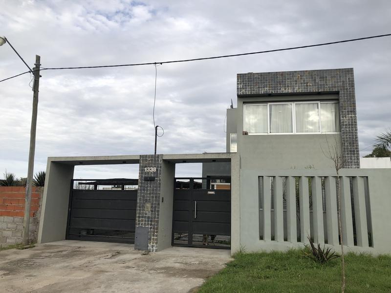 casa en venta en 133/518 y 519 la plata - alberto dacal propiedades