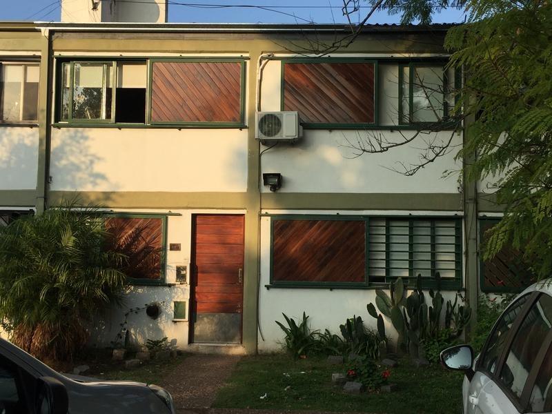 casa en venta en 15 esq 528bis la plata - alberto dacal propiedades