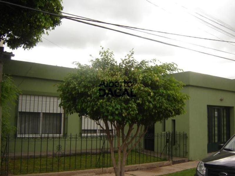 casa en venta en 15bis/529 y 530 la plata - alberto dacal propiedades