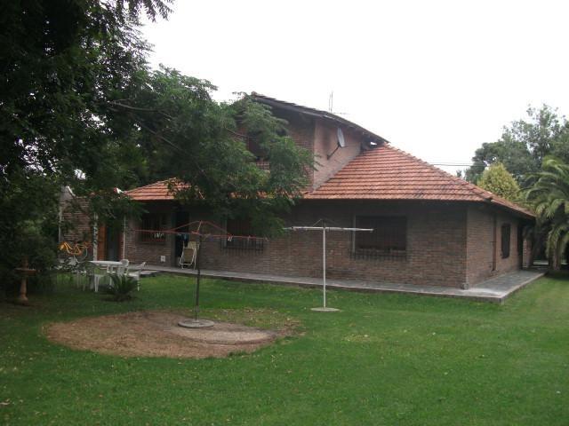 casa en venta en 414  y 144 arturo segui - alberto dacal propiedades