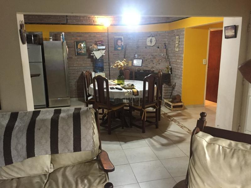 casa en venta en  444 e/ belgrano y 23 city bell - alberto dacal propiedades