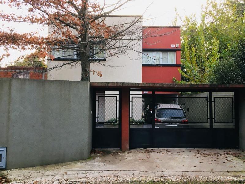 casa en venta en 448/21 d city bell - alberto dacal propiedades