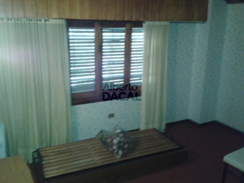 casa en venta en 489 esq. 31 manuel b gonnet - alberto dacal propiedades