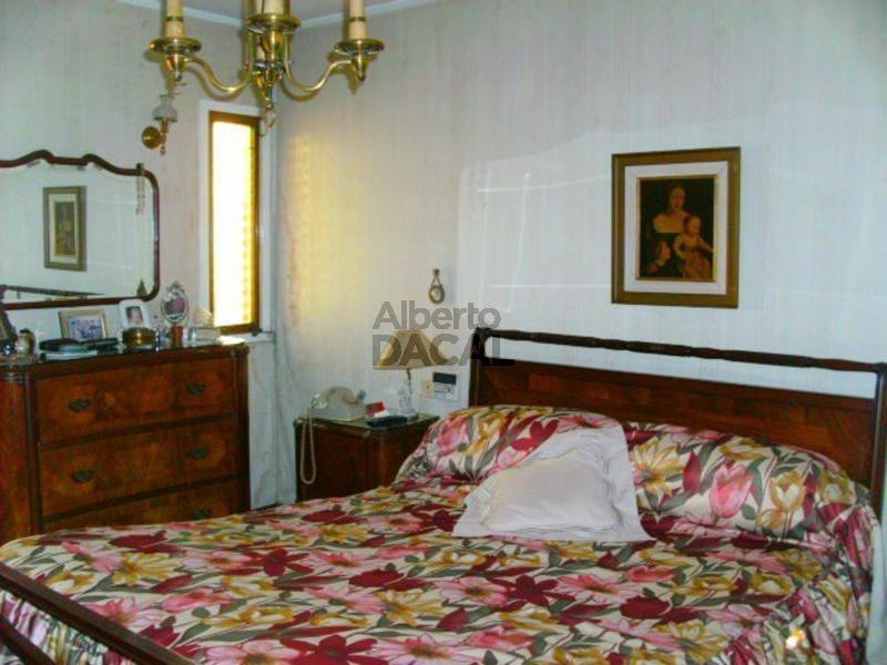 casa en venta en 64/23 y 24 la plata - alberto dacal propiedades