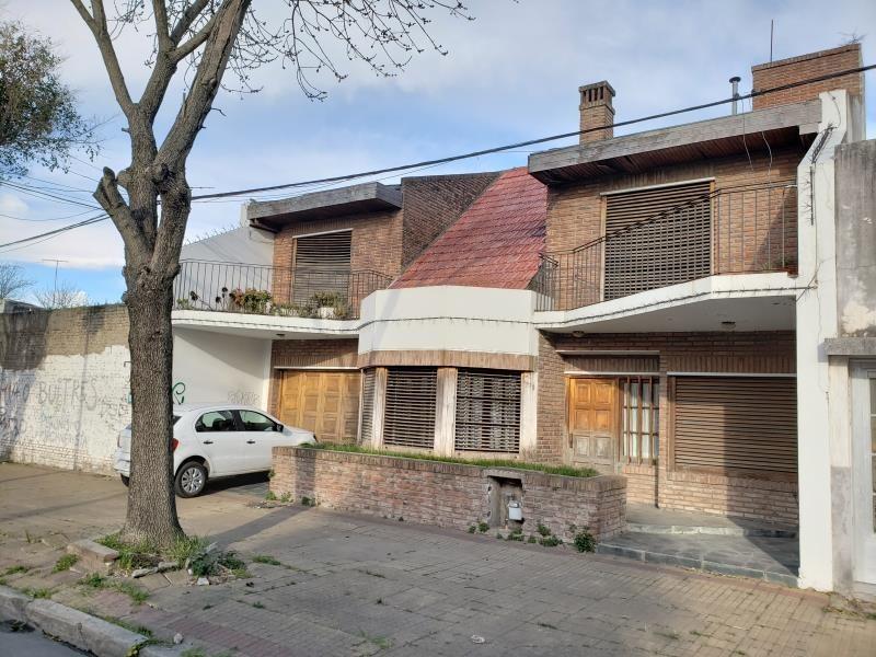casa en venta en 68 e/ 116 y 117. 185mts cubiertos.