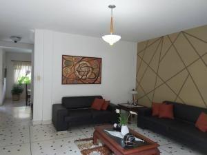 casa en venta  en agua blanca valencia  19-14826 valgo