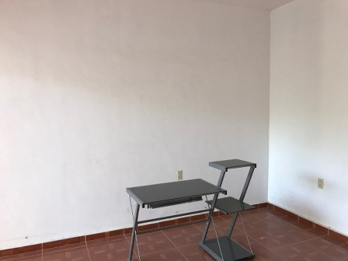 casa en venta en albania alta con recámara en planta baja