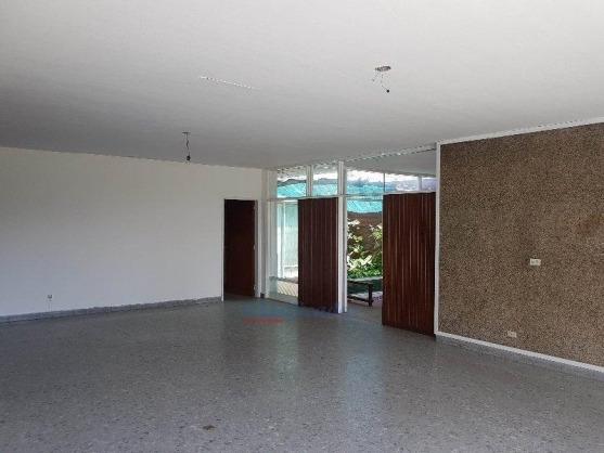 casa en venta en alto general paz. 4 dormitorios