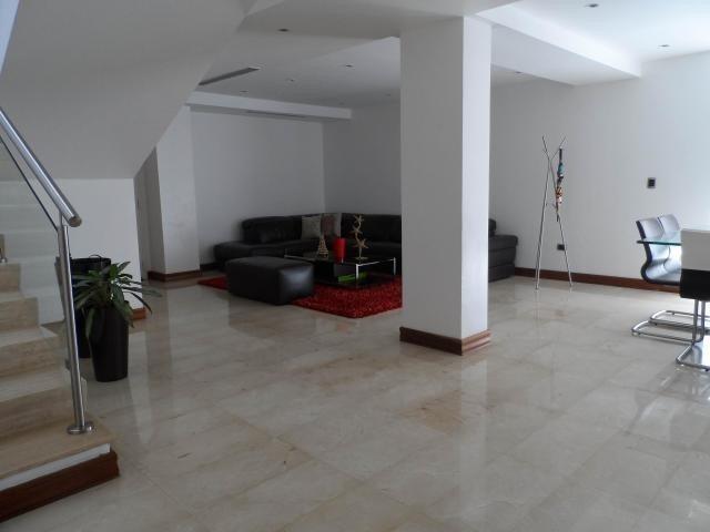 casa en venta en alto hatillo / código 19 -7413 / arleny