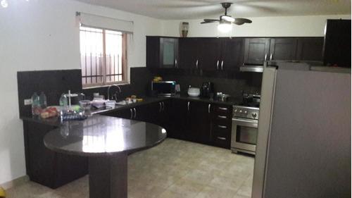 casa en venta en altos de panama #19-4538hel**