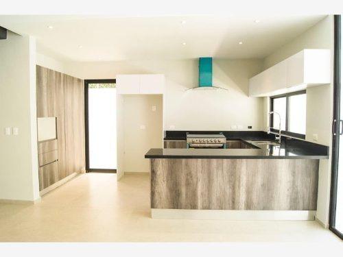 casa en venta en aqua cumbres