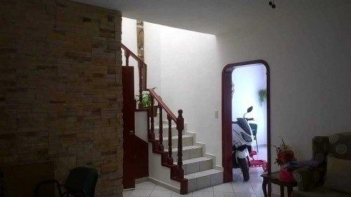 casa en venta en balcones de santa maria
