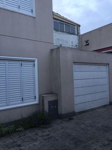 casa en venta  en banfield