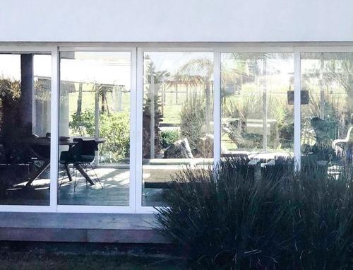 casa en venta  en barrancas de iraola