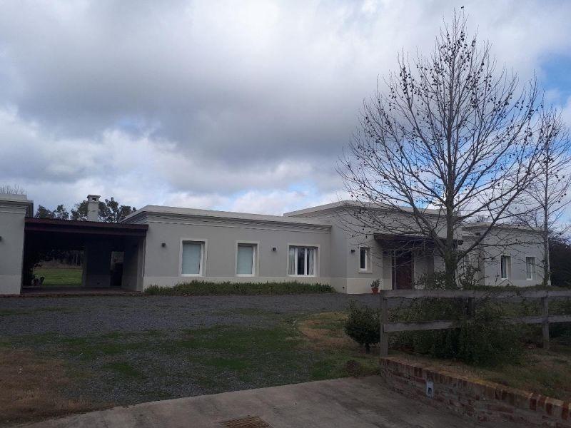 casa en venta en barrio cerrado la colina lujan