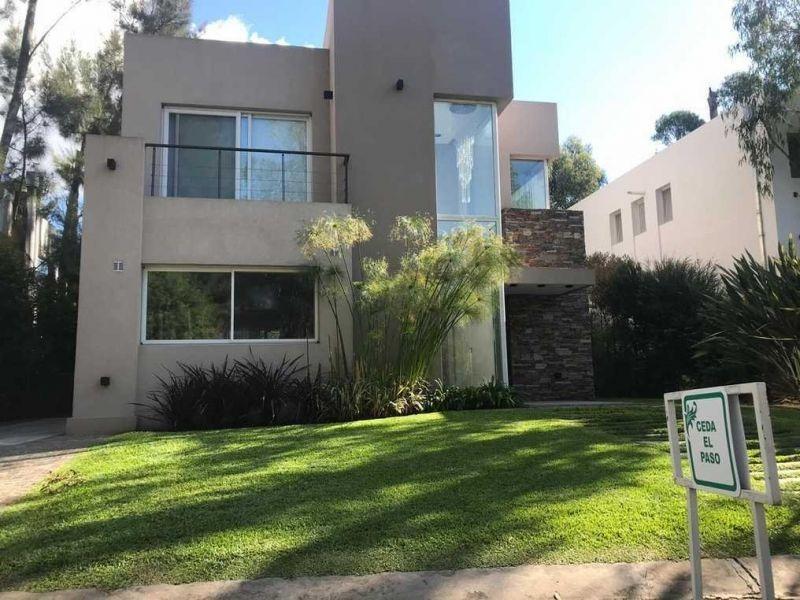 casa en venta en barrio dorrego reserva urbana
