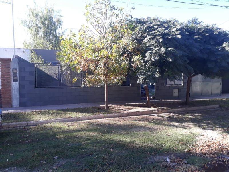 casa en venta en barrio los eucaliptus