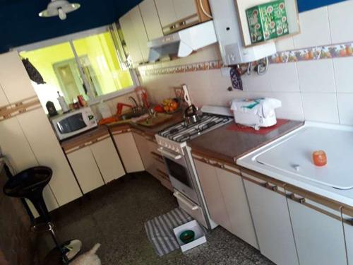 casa en venta en barrio maipu. cordoba