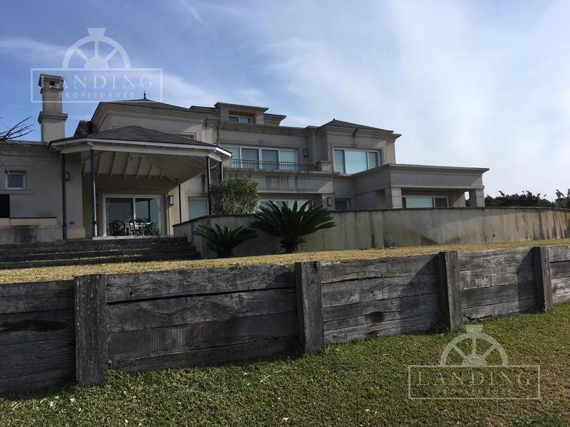 casa en venta en barrio náutico albanueva - rincón de milberg