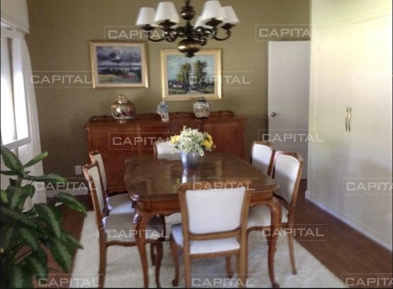 casa en venta en barrio san rafael, próxima a la playa brava-ref:28783